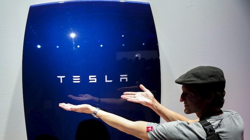 Tesla installerade 300 Powerwalls för skolbarn på Hawaii